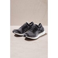 ADIDAS Men UltraBoost X Running Shoe Primeknit upper wraps the foot in adaptive support and ultra-light comfort 5267846 GRDCYMV